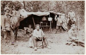 GERMAN-ACCAMPMENT-WW1-OFFICER-SOLDIERS-RIFLE-HORSE-ANTIQUE-PHOTO-POSTCARD
