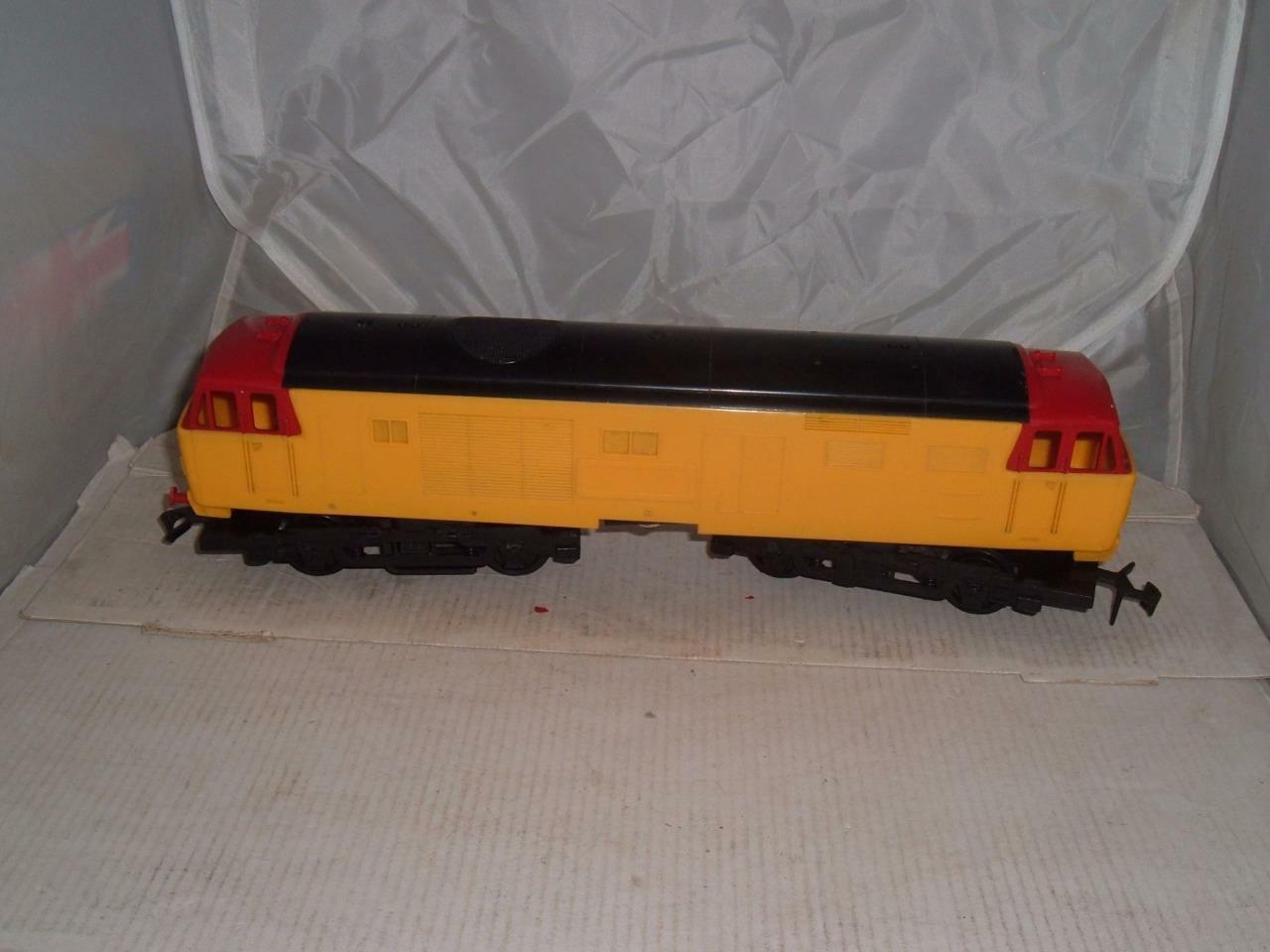 TRI-ANG BIG BIG TRAIN HYMEK giallo PLASTIC DIESEL ENGINE SPARE REPAIRS