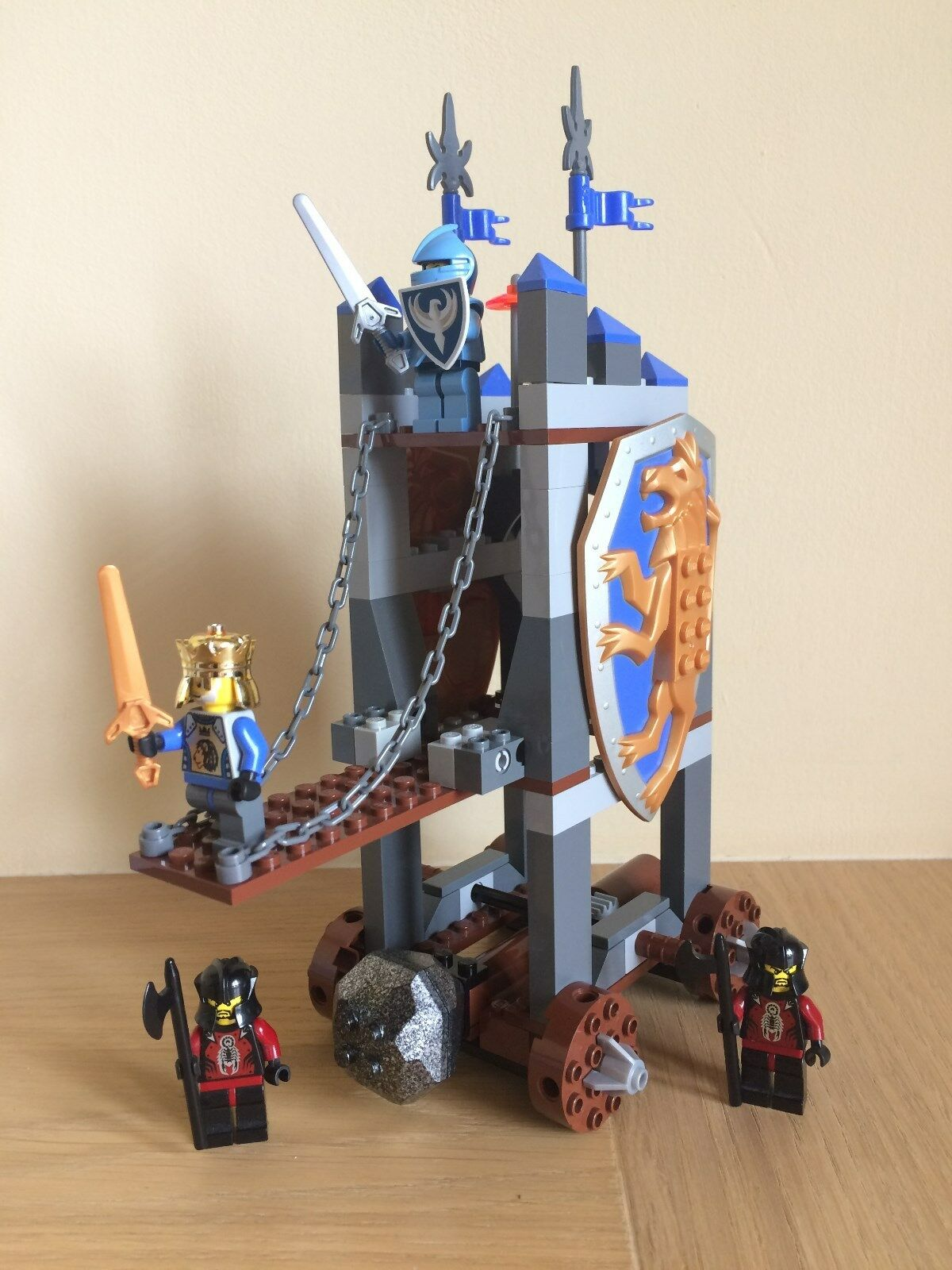 LEGO KING'S SIEGE TOWER () 100% COMPLETE WITH ORIGINAL BOX AND INSTRUCTIONS