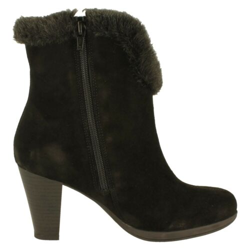 Remonte Ladies Boots Style D0975-00 Black Suede Mid Heel Zip Fastening