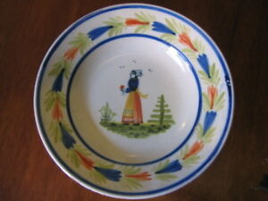 RARE-ANTIQUE-QUIMPER-FAIENCE-HAND-PAINTED-LARGE-BOWL-FRANCE