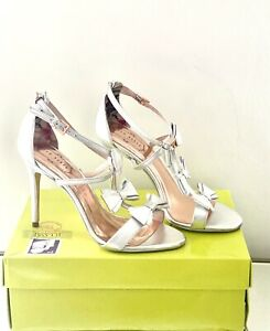 Ted-Baker-Size-8-41-Silver-Leather-Bow-Heel-Sandals-Weddings-Party-Bridal-Shoes