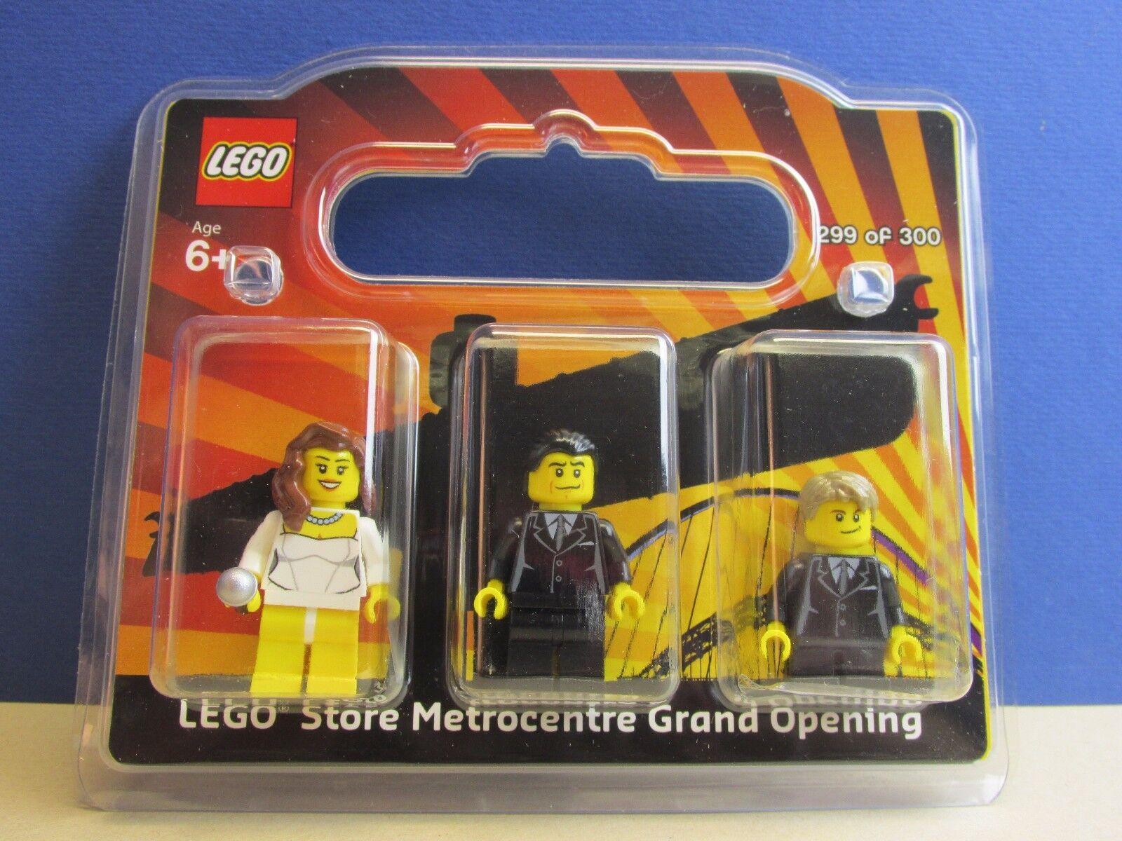 Lego ANT & DEC X FACTOR SET minifigure NEWCASTLE STORE rare like mr Gold 299 300
