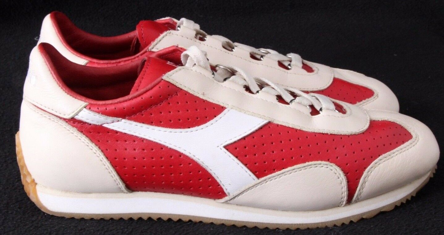 Diadora Heritage Equipe Perforated Perforated Perforated rot Weiß running Driving Turnschuhe Men US 5.5 4e2890