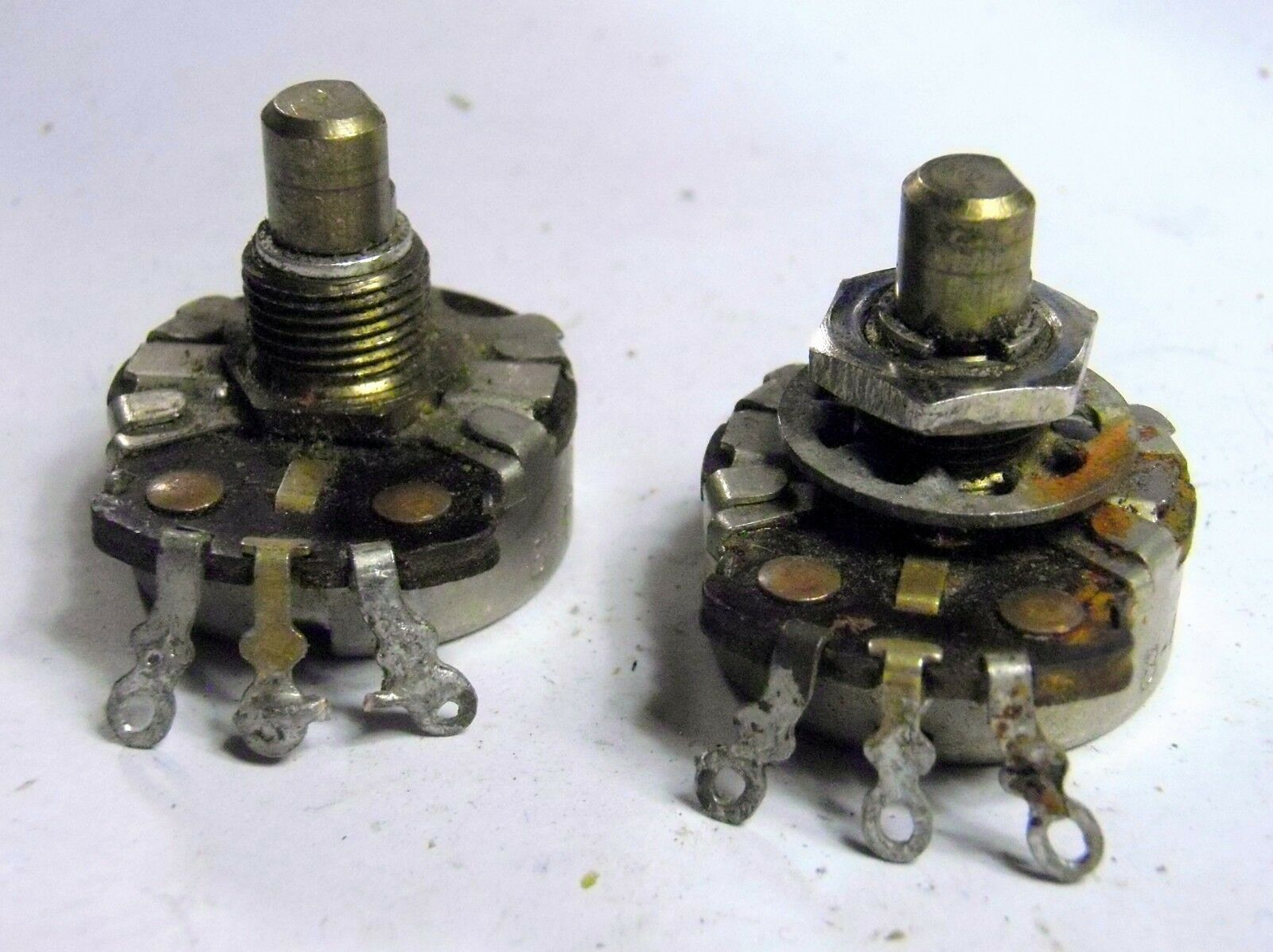 1954 CTS 500k Solidshaft Potentiometer Paar 45th Week Vintage Pots 1955 USA