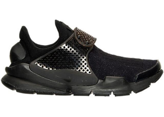 huge selection of 5fae6 7c640 Nike Men's Black Sock Dart Running Shoes 8 US