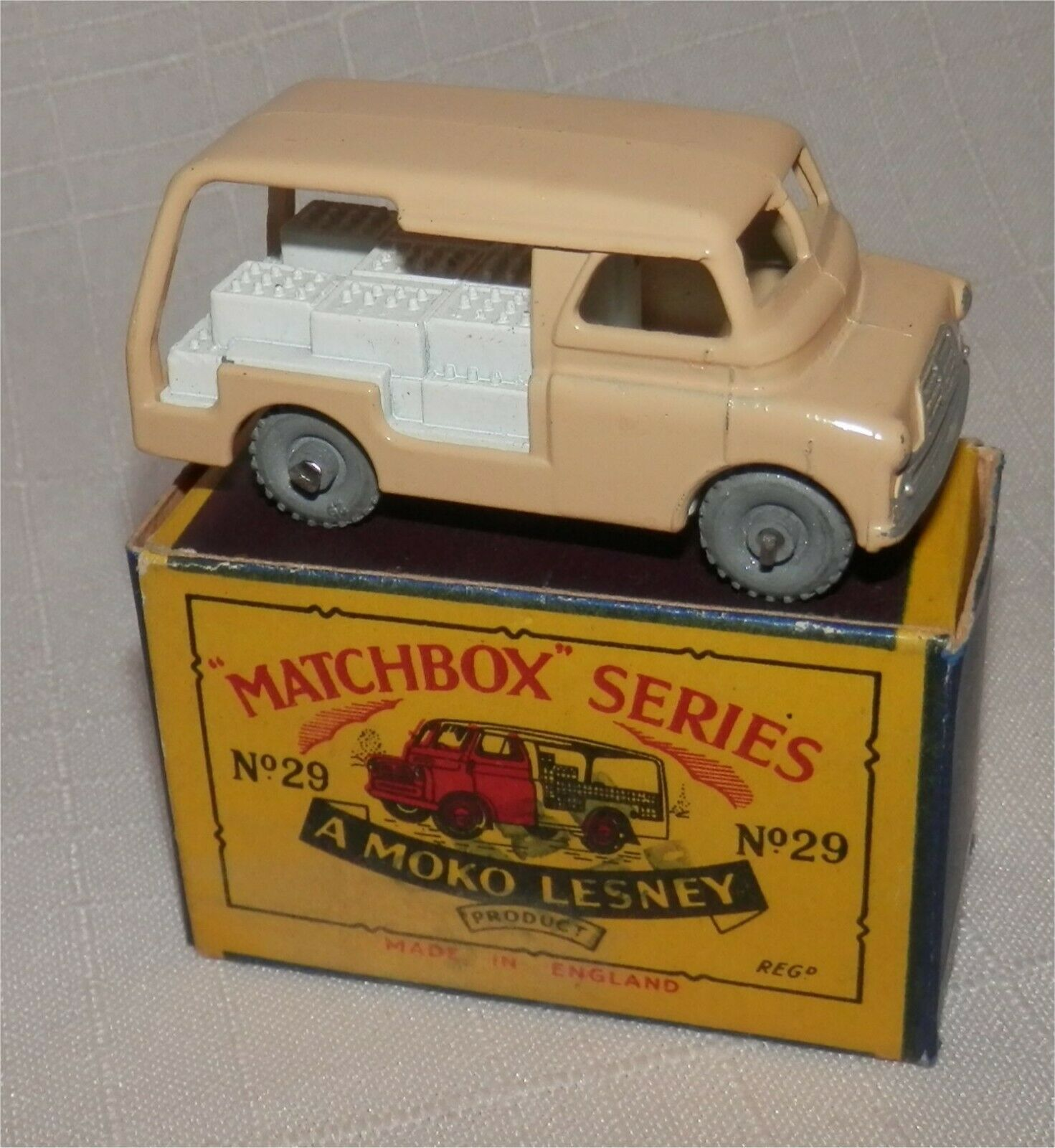 la calidad primero los consumidores primero 1950s. Matchbox Lesney .29 un un un Ruedas De Metal, Bedford leche Flotador. Original de menta en caja.  minorista de fitness