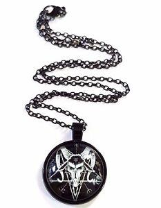PENDENTIF-BAPHOMET-ANTON-LAVEY-eglise-de-Satan-Pentagramme-Devil-Noir-collier