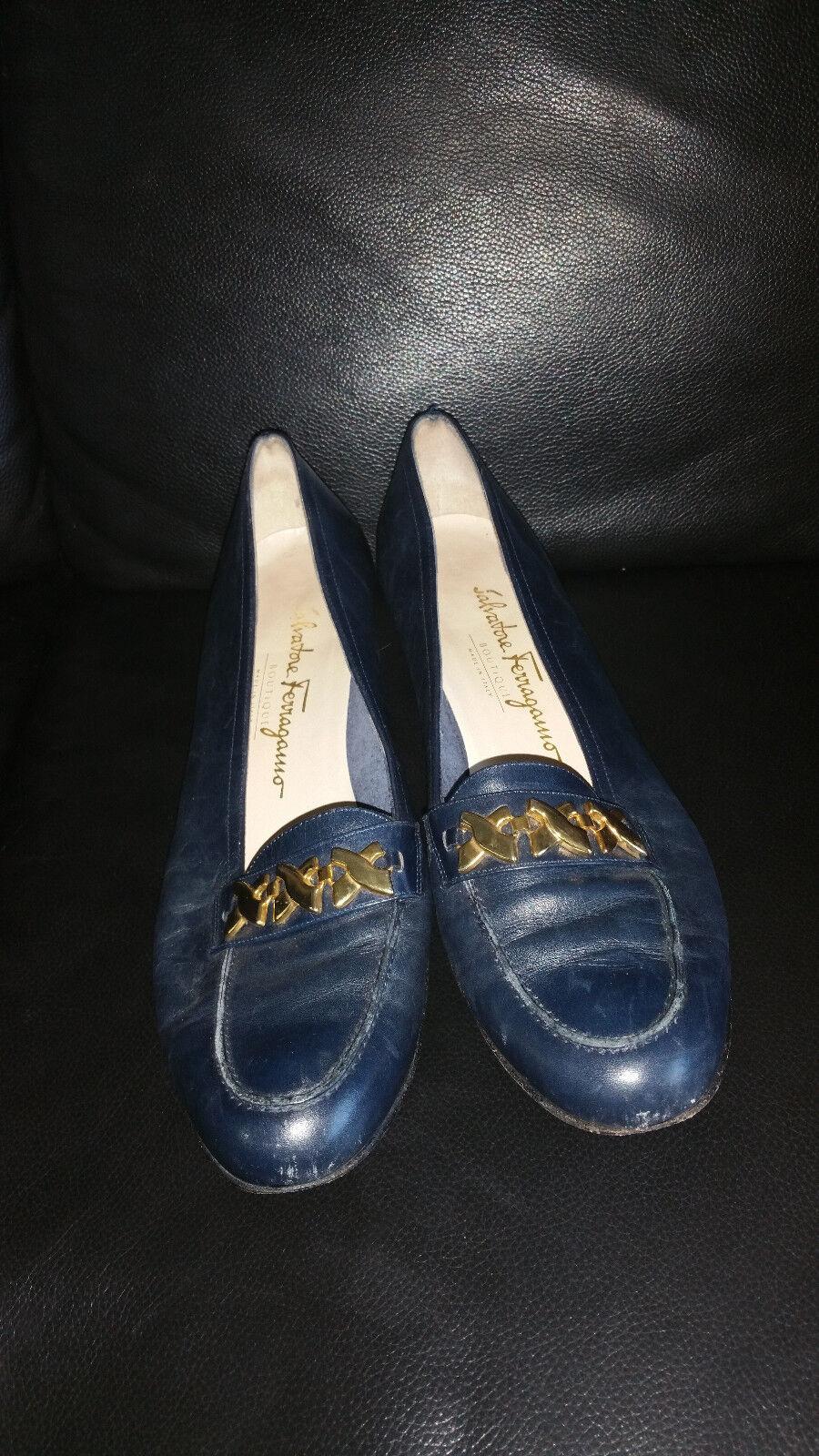Vintage Salvatore Ferragamo Women's Blue Leather Loafers Size 9 A 628 24365