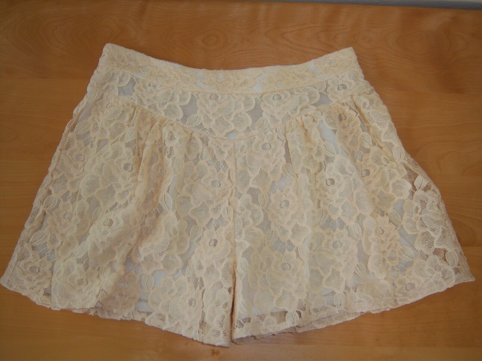 Anthropologie Ella Moss NWT Ivory Lace Shorts sz S Made in USA