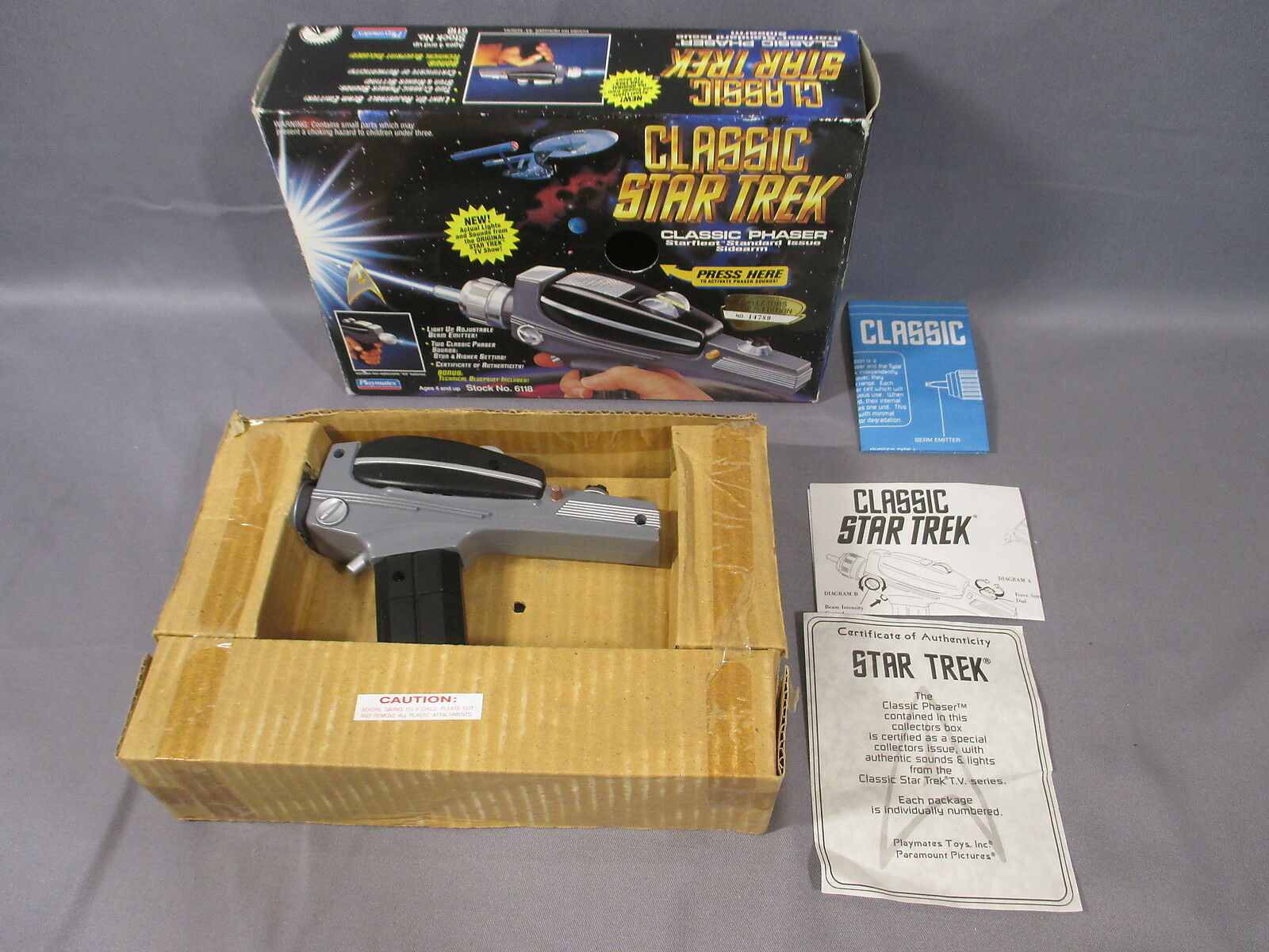 Star Trek Classics  PHASER  WORKS + Box Playmates 1994 The Next Generation