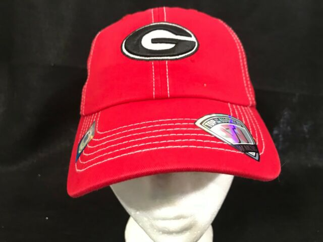 new concept 1fcd4 932fa Georgia Bulldogs Women s Top of the World NCAA Stitches Adjustable Hat Cap  - NWT