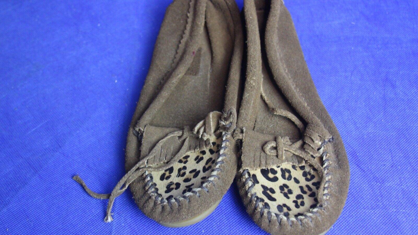 Minnetonka Women's Leopard Print Moccasins Dusty Brown Suede 343F Size 8
