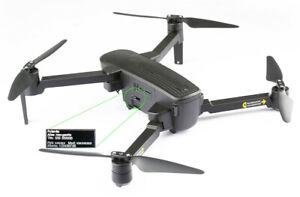 Placa-identificativa-para-drones-con-grabado-CNC-laser-de-alta-nitidez