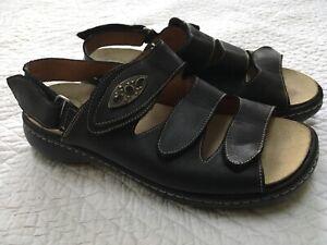 THINK-Black-Leather-Adjustable-Strap-Sandals-Womens-40-9-9-5-Comfort-Walking