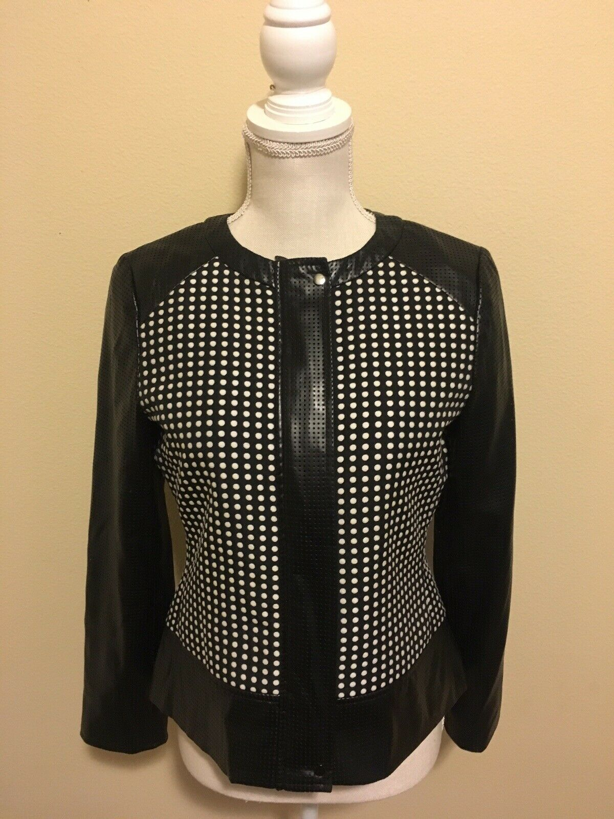 Doncaster Wmn 4 Black Leather Look With Polka Dots Cropped Zip Up~Snap Jacket