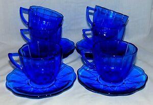 6-Hazel-Atlas-NEWPORT-HAIRPIN-COBALT-BLUE-CUPS-amp-SAUCERS