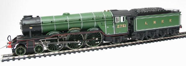 Hornby R2265 LNER 4-6-2 Class A3 Loco Humorist No. 2751 LNER Green, NEW