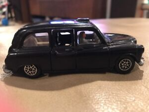 Vintage-Dinky-Toys-Austin-Taxi-with-Driver-Made-in-England-Jewel-Headlights
