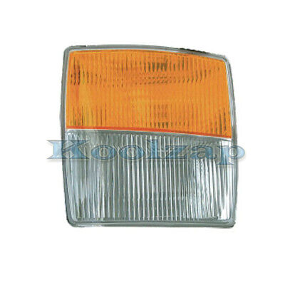 Fog Light Lamp Turn Signal Passenger Side Right RH for 03-07 Cadillac CTS-V