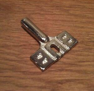 Clef pour jouets Karl BUB KBN , clé , key , schlüssel BUBMOBIL