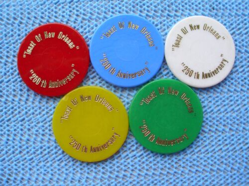 wht /& yel blu red grn 1968 Krewe of JABALINA 5 Plastic Mardi Gras Doubloons
