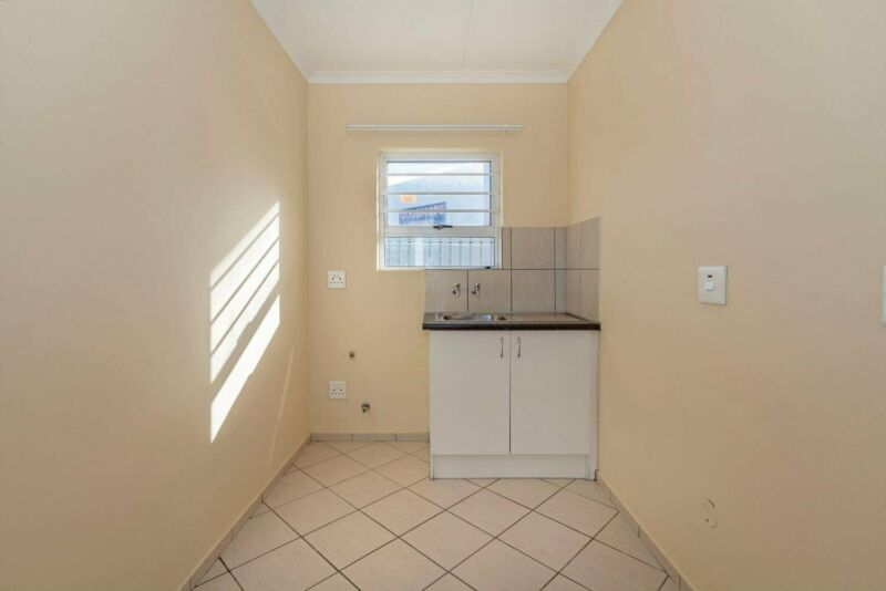 Special: 2 Bedroom Apartments To Rent In The Family-Friendly Belladonna Estate,Jasmine V