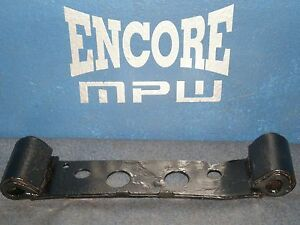 1986-1993-Ford-Mustang-AOD-H-Pipe-Hanger-Exhaust-Stock-Mount-OEM-Automatic-Hump