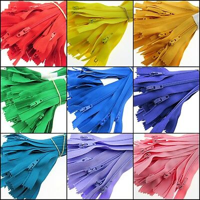 """VARIOUS COLOURS *** NO.3 WEIGHT 10/""""// 25CM AUTOLOCK CLOSED END NYLON X 10 ZIPS"""