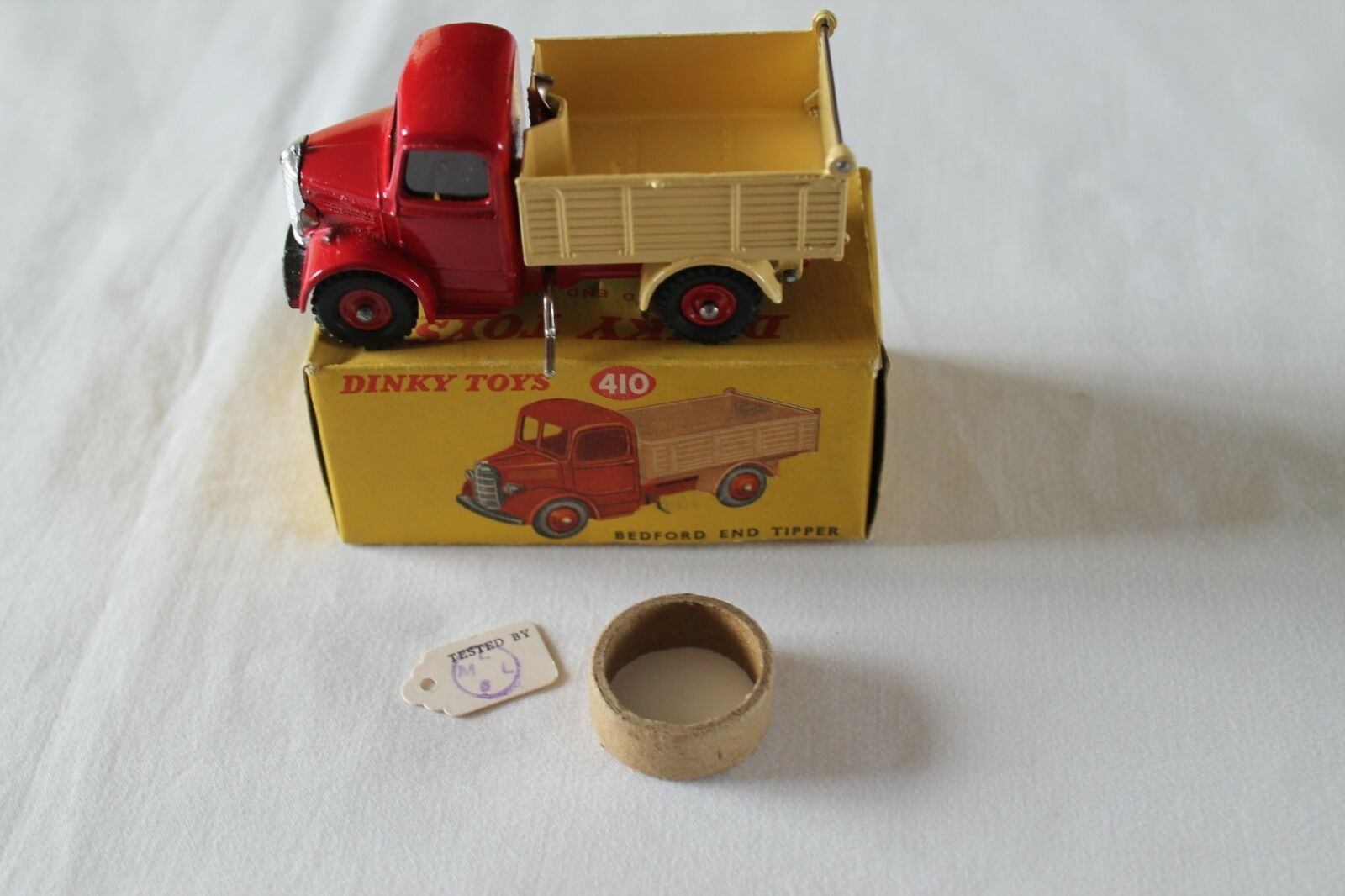 Dinky Toys 410 Bedford End Tipper Rare late Issue