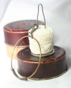 Original-ANTIQUE-c1900-Wristelet-Crochet-Ball-SPOOL-KNAVE-amp-String-Detangler