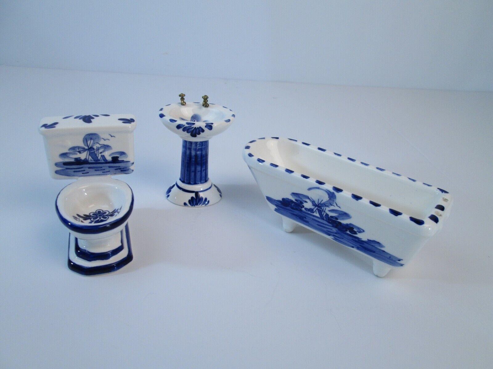 Vintage Hepainted blu Delft Bathroom Set bambolahouse 1 12  Scale Miniature  essere molto richiesto