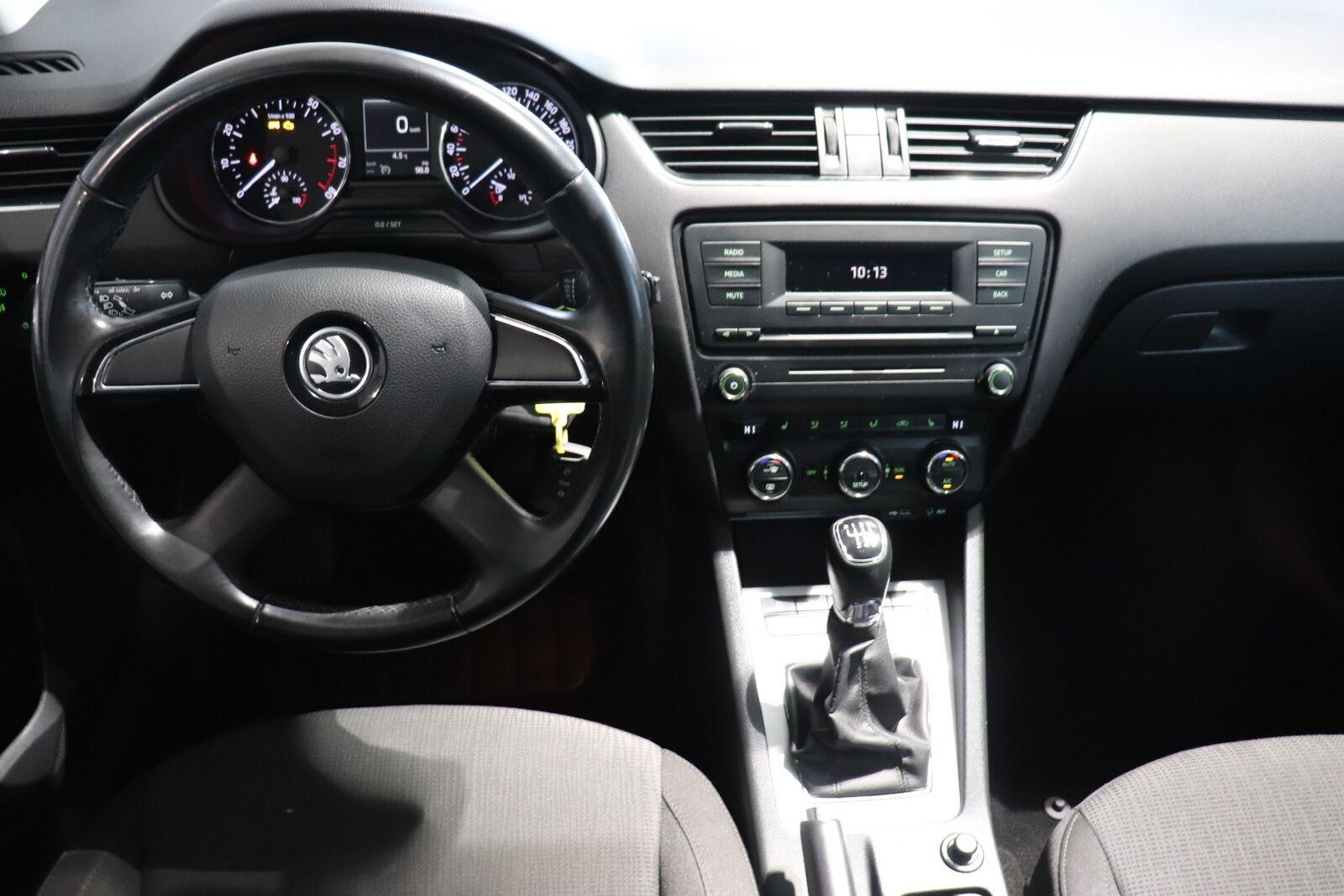 Skoda Octavia TSi 140 Elegance Combi