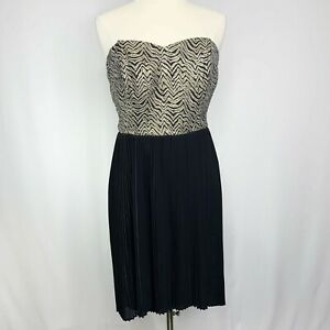 Sparkle-amp-Fade-Urban-Outfitters-Strapless-Cocktail-Dress-Black-Gold-Metallic-12