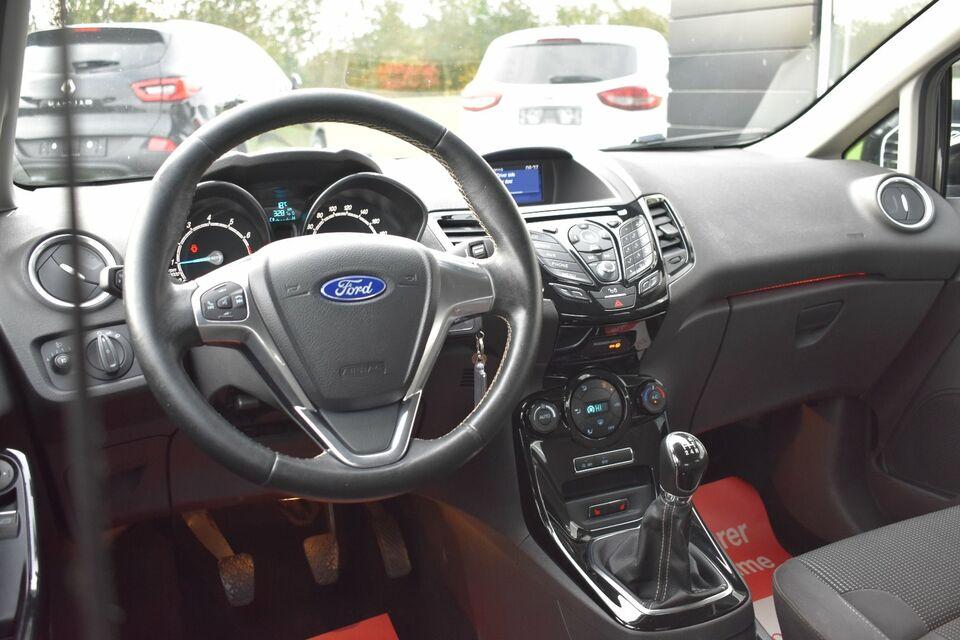 Ford Fiesta 1,0 SCTi 125 Titanium Benzin modelår 2016 km