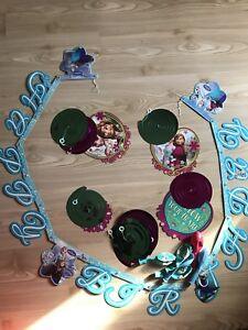 M2 Lange Wimpel Papier Girlande Elsa Anna Disney Frozen Olaf Mädchen Geburtstag