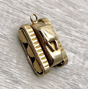 Vintage-10K-Yellow-Gold-Hand-Made-Army-Tank-Pendant-Charm