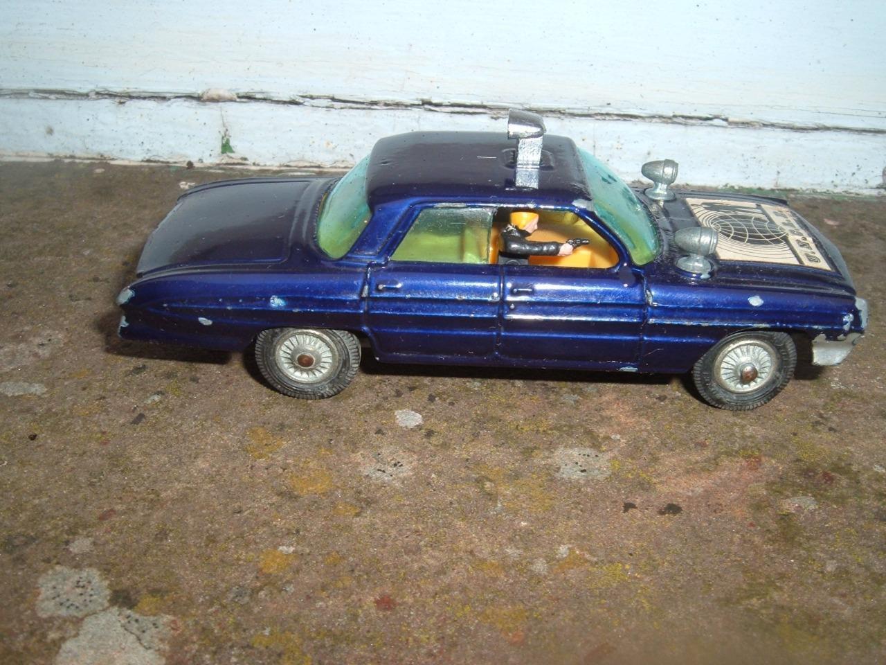 CORGI TOYS  497 -  Man from UNCLE-Oldsmobile-Original 1966-Nice -  font des activités d'escompte