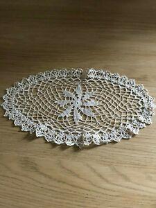 Vintage-ecru-cotton-lace-crochet-doily-mat