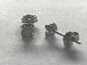 Orecchini-Punto-Luce-in-oro-18-Kt-e-diamanti-naturali-ct-0-12-PREZZO-IMBATTIBILE