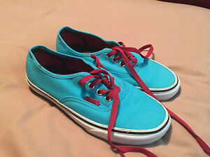 Vans-Canvas-Shoes-Size-4-Great-Condition-Hardly-Worn-Plenty-Life-In-Them