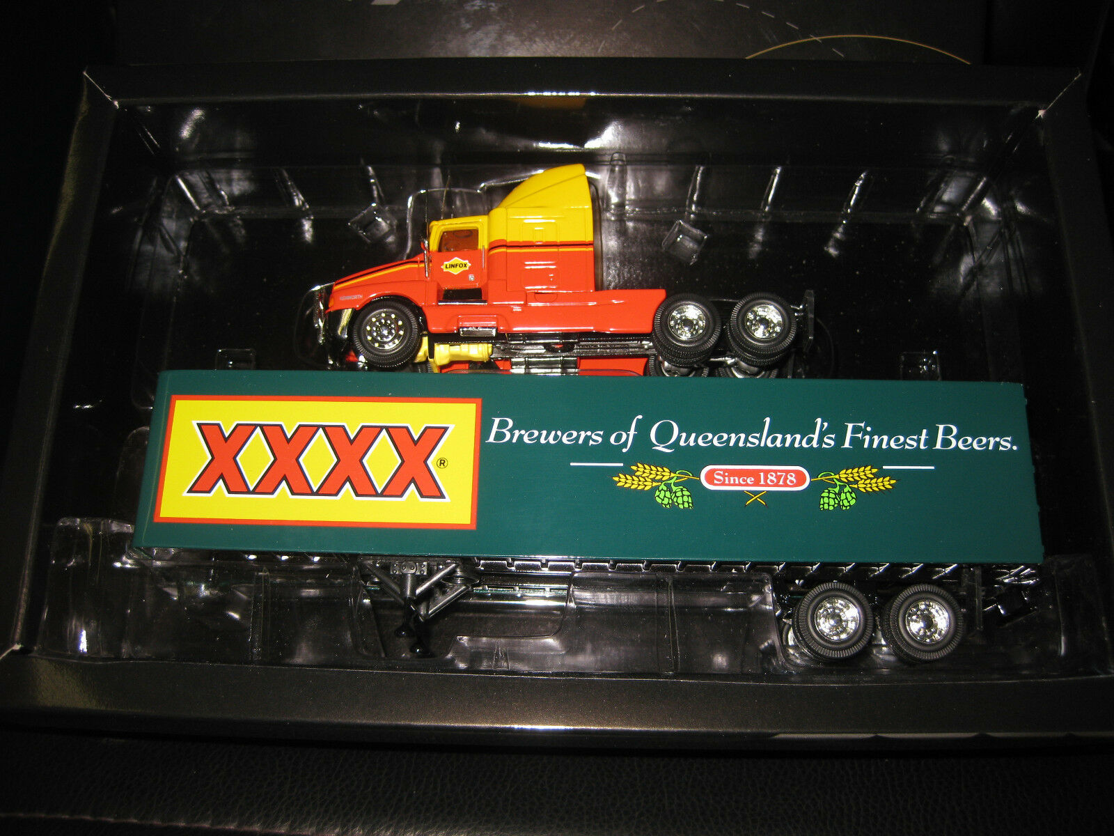 1 64 WCC 01 Kenworth T600A Linfox Truck  with XXXX Beer Trailer  Diecast Model