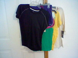 BRAND-NEW-LOT-OF-5-WOMEN-039-S-CLOTHES-SIZE-SMALL