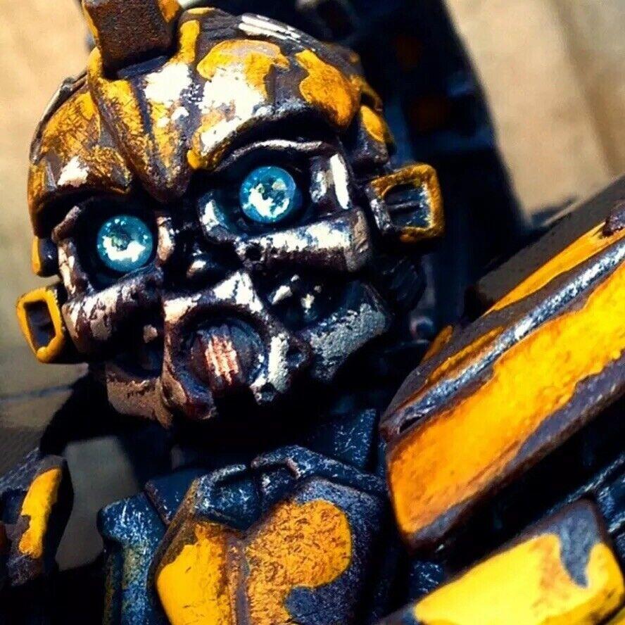 Transformers Dotm personalizados Clase Líder de Bumblebee con aspecto envejecido y alto detalle.