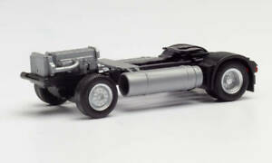 Herpa-08599-Chassis-Iveco-Stralis-Car-Model-1-87