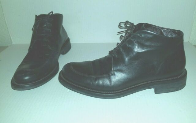Nice Black HUGO BOSS Leather  Boots Size 8  Lace Up Semi Dress Boots Made Italy