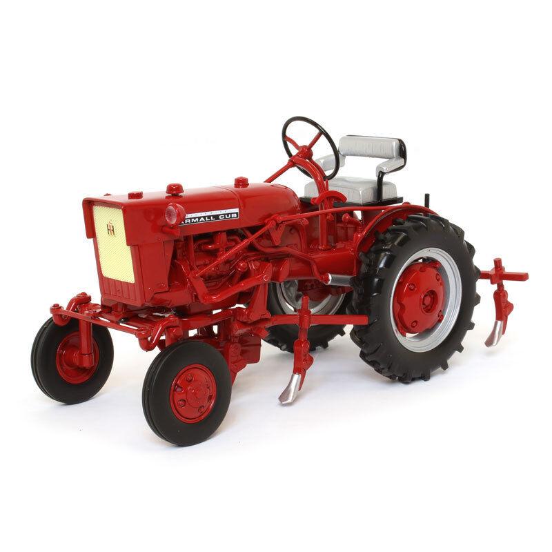 INTERNATIONAL HARVESTER FARMALL CUB TRACTOR 1 16 DIECAST  MODEL SPECCAST ZJD1816  gros pas cher