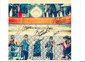 54-THE-BEATBOX-HOUSE-SIGNED-PICTURE-AUTOGRAPH-AUTO