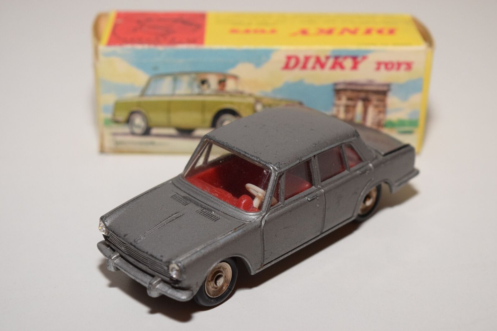 F DINKY TOYS 523 SIMCA 1500 SALOON METALLIC GREY EXCELLENT BOXED