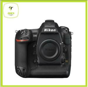 Nikon-D5-XQD-Body-20-8mp-3-2-034-4K-Brand-New